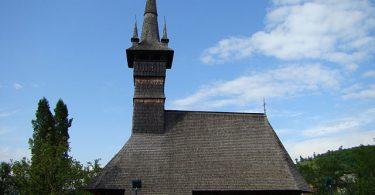 wooden church Rogoz
