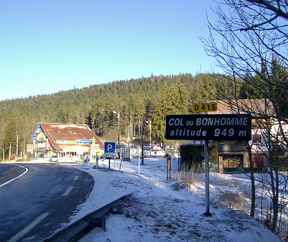 Col du Bonhomme-a mountain pass walking tour