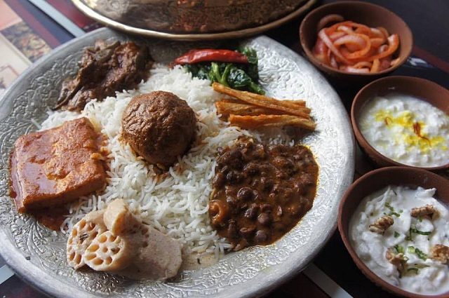 Afghan kashmiri mughlai and awadhi food in new delhi for Awadhi cuisine kolkata