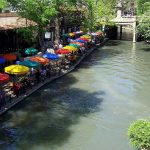 What Can You Eat and Drink in San Antonio River Walk?