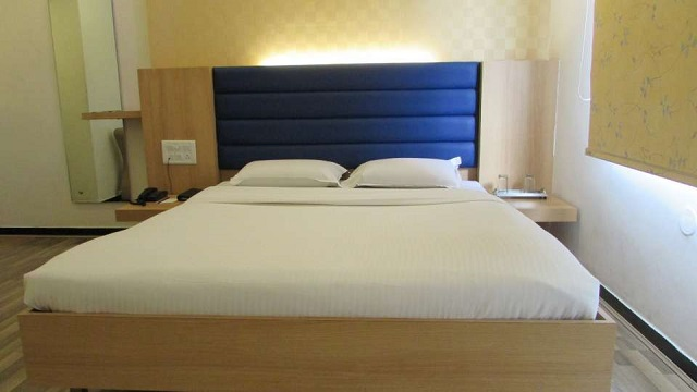 24 Hours Check Out Hotels in Chennai Liberty Park 1