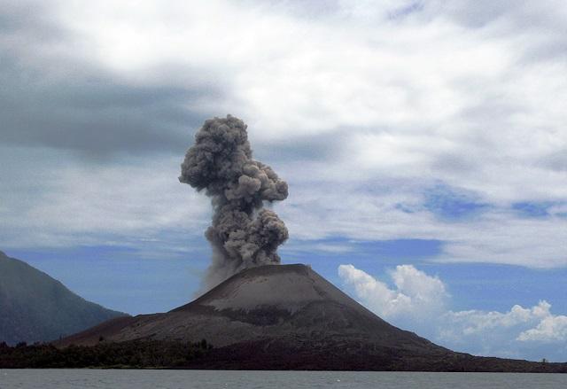 Lesser Known Volcanoe Krakatoa