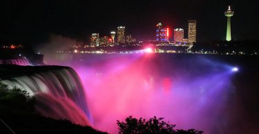 Niagara waterfalls night