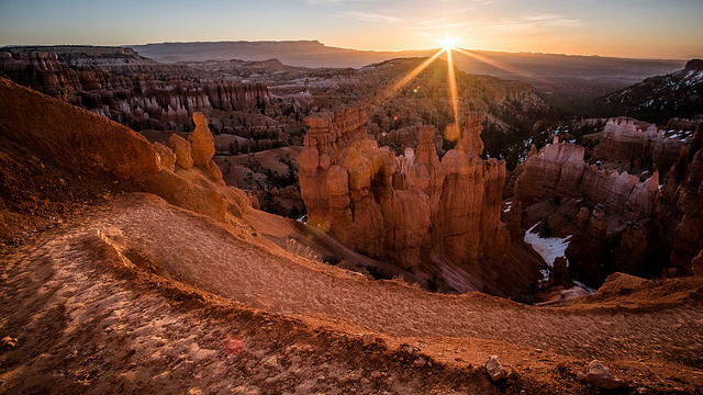 Sunrise from Bryce Canyon