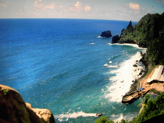 Pitcairn Islands country with no airport