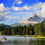 7 Beautiful Alpine Lakes for Lakefront Holidays