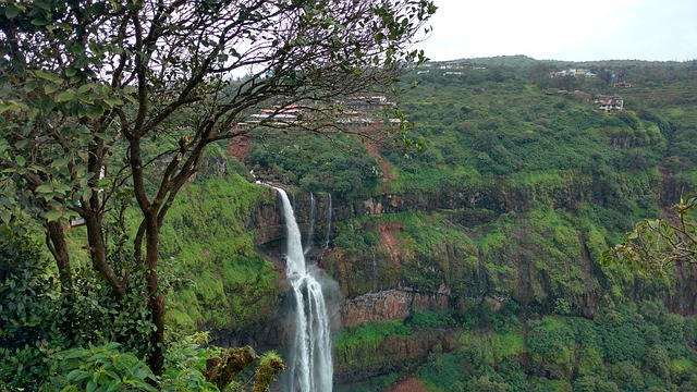 Lingmala Waterfalls near Mumbai