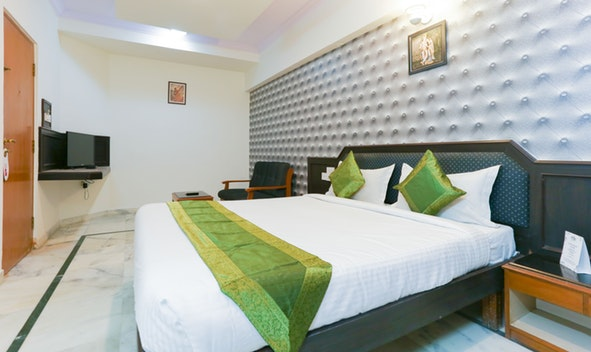 Hotels in Bangalore Treebo Adarsh Inn