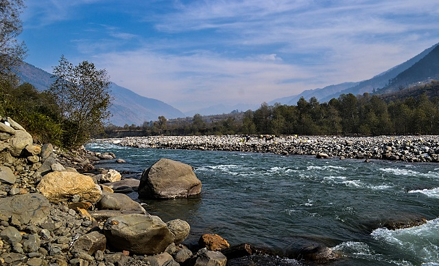Beas River walking trail