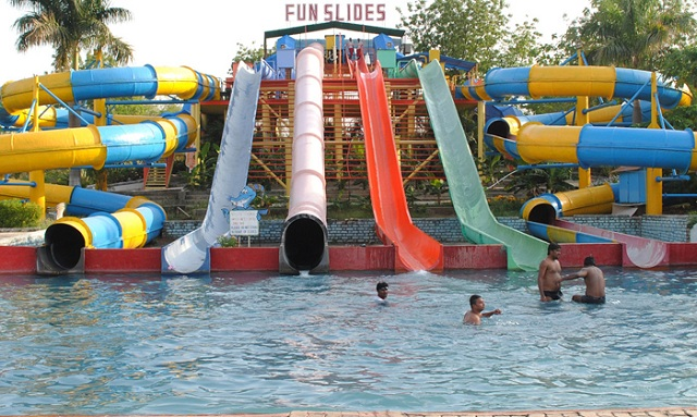 Water Theme Parks near Delhi Fun N Food Village