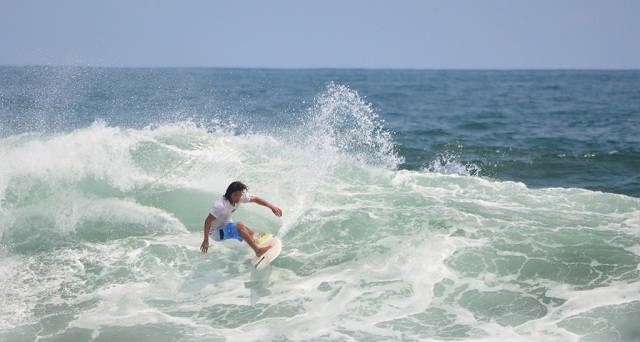 Thrilling Surfing Spots