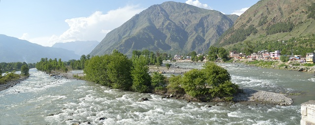 Beas and Parvati River confluence