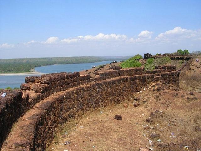 Chapora Fort Anjuna Beach Goa