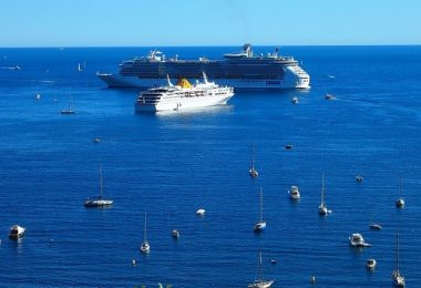 Small Cruise Ships