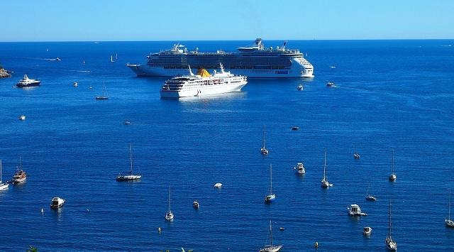 Small Cruise Ships
