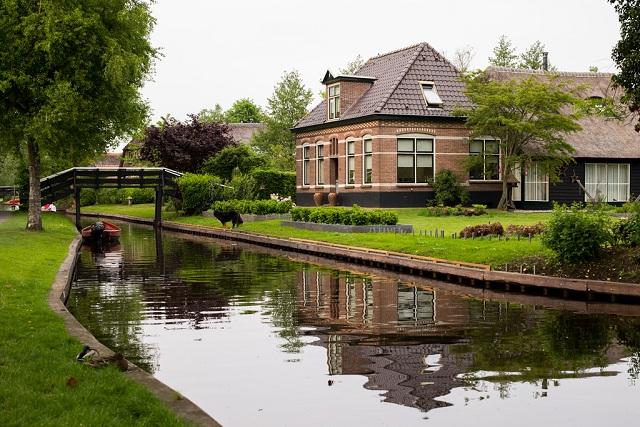 Beautiful Villages Giethoorn