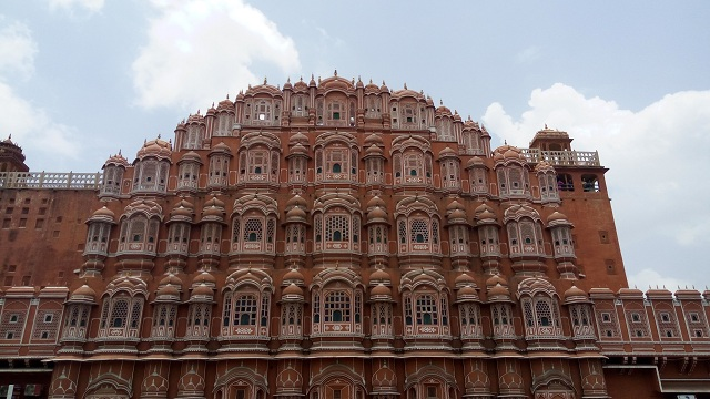 Tourist Destinations 2019- Jaipur Hawa Mahal
