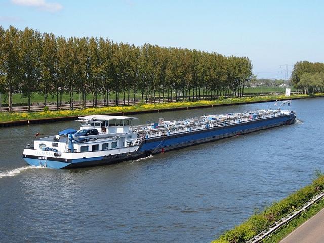 Barge Cruise