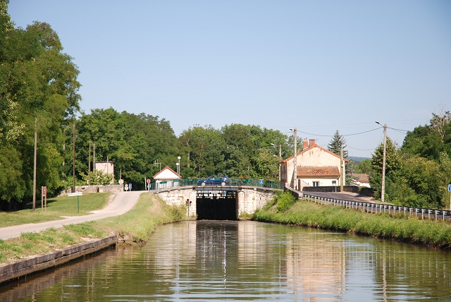 Burgundy Barge Cruise Destination