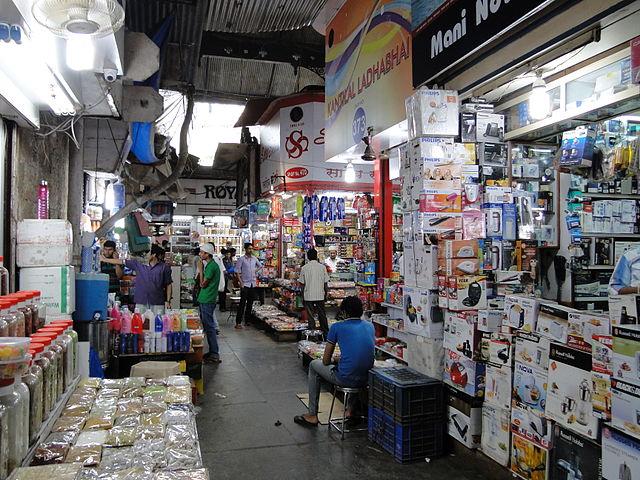 Street Shopping in Mumbai-Mumbai Shopping Guide