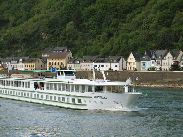 Rhine scenic river cruise