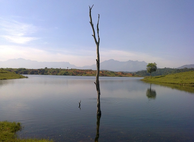 Karapuzha Reservoir, Kerala Destinations