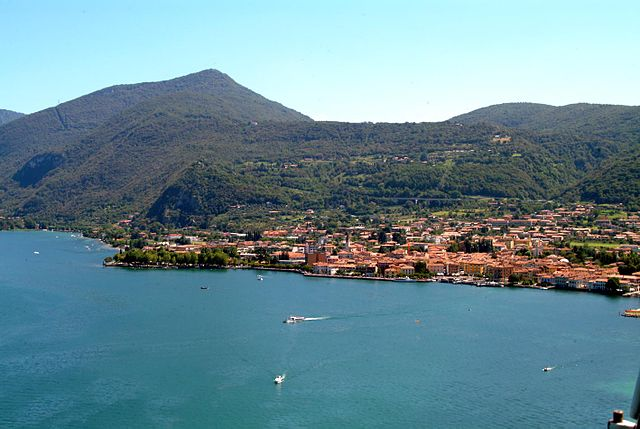 Town Iseo