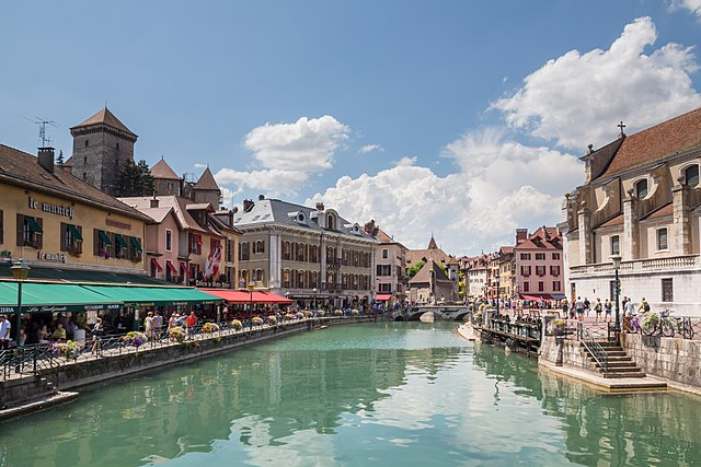 Cities on Rivers Annecy