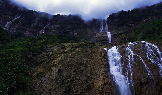 Kynrem waterfalls