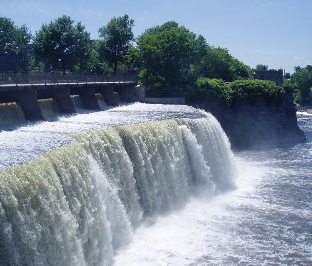 Rideau waterfalls