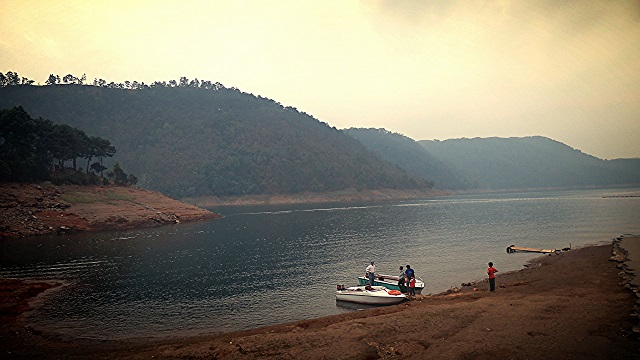 Umium Lake, One of the Beautiful Places to Visit in Meghalaya