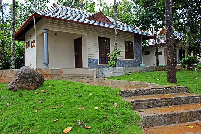 hotels in Munnar Lakes N Hills