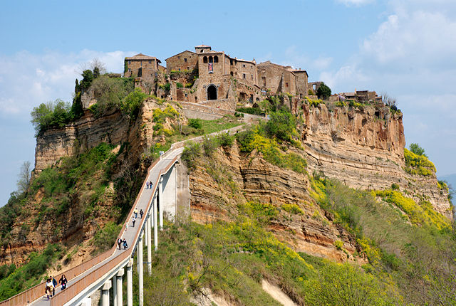 Cliffside City- Civita di Bagnoregio