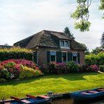 Giethoorn-the Car(e)-Free Dutch Village for Honeymooners
