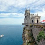 Cliffside City: 10 Breathtaking Clifftop Towns in the World