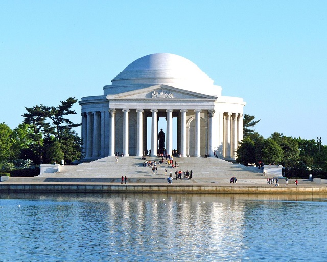 Day Tour Washington DC Jefferson Memorial