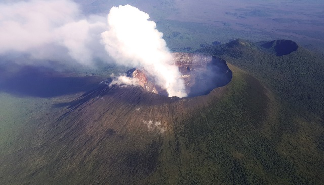 Best Places to Visit in Africa Mount Nyiragongo