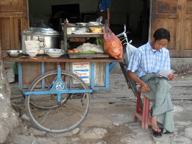 Mohinga mobile stall