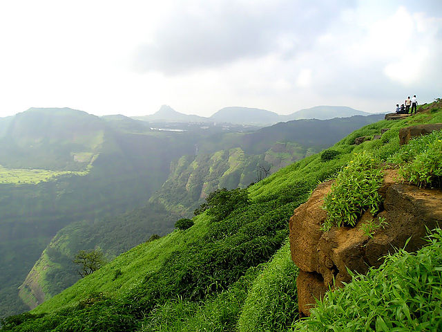 Places to Visit near Pune Lonavala