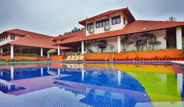 Kadkani Resort