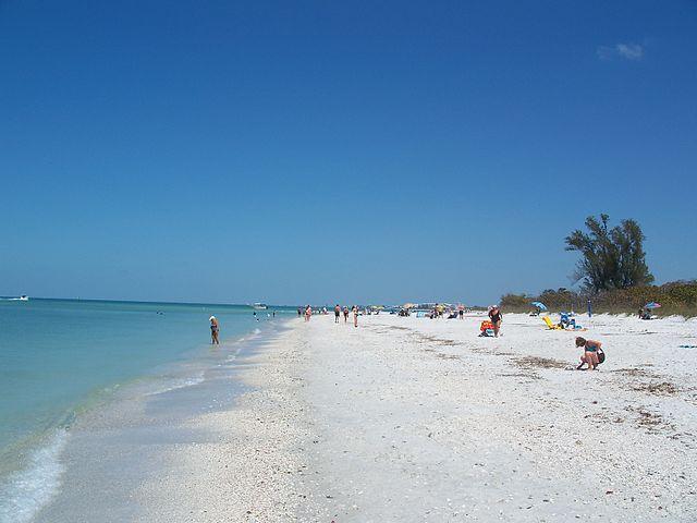 Best Weekend Getaways for Couples in US Naples, Florida