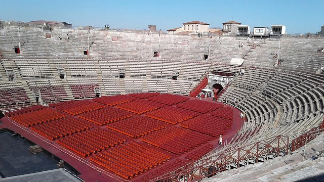 Must see places to see in Italy-Arena Amphiteater