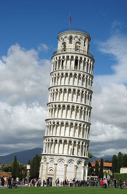 Must see places to see in Italy Pisa