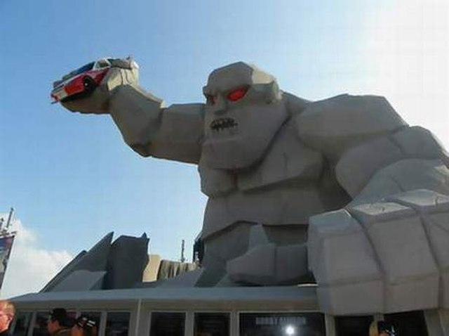 Weird Roadside Attractions in America Miles the Monster