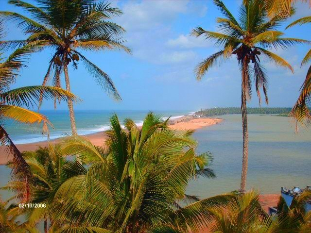 Beautiful Beaches in Tamilnadu, India Thengapattinam Beach