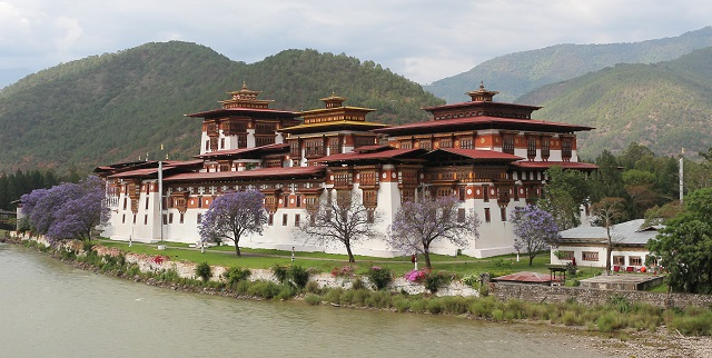 Best Places to Visit in Bhutan Punakha Dzong