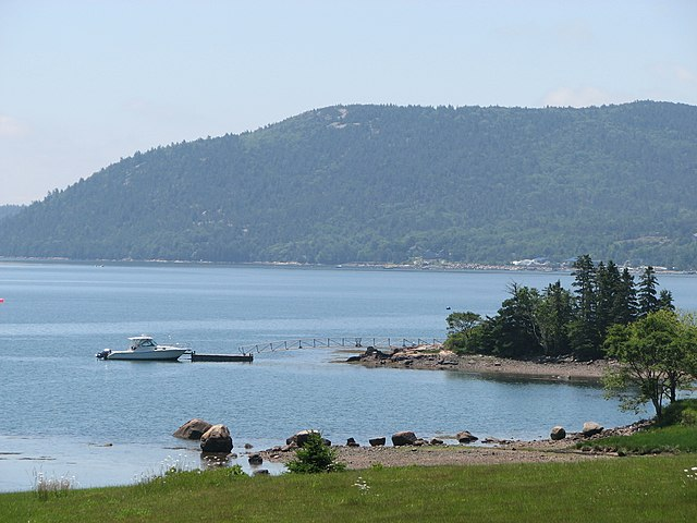 Best Places to Visit in October in the US Somes Sound